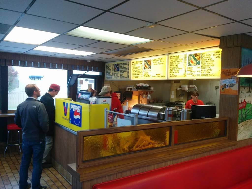Arnies Dog House   restaurant   8125 Calumet Ave, Munster, IN 46321, USA   2198362867 OR +1 219-836-2867