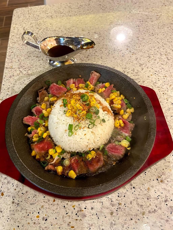 Hey Kitchen | restaurant | 710 Somerset St W, Ottawa, ON K1R 6P5, Canada | 6135699725 OR +1 613-569-9725