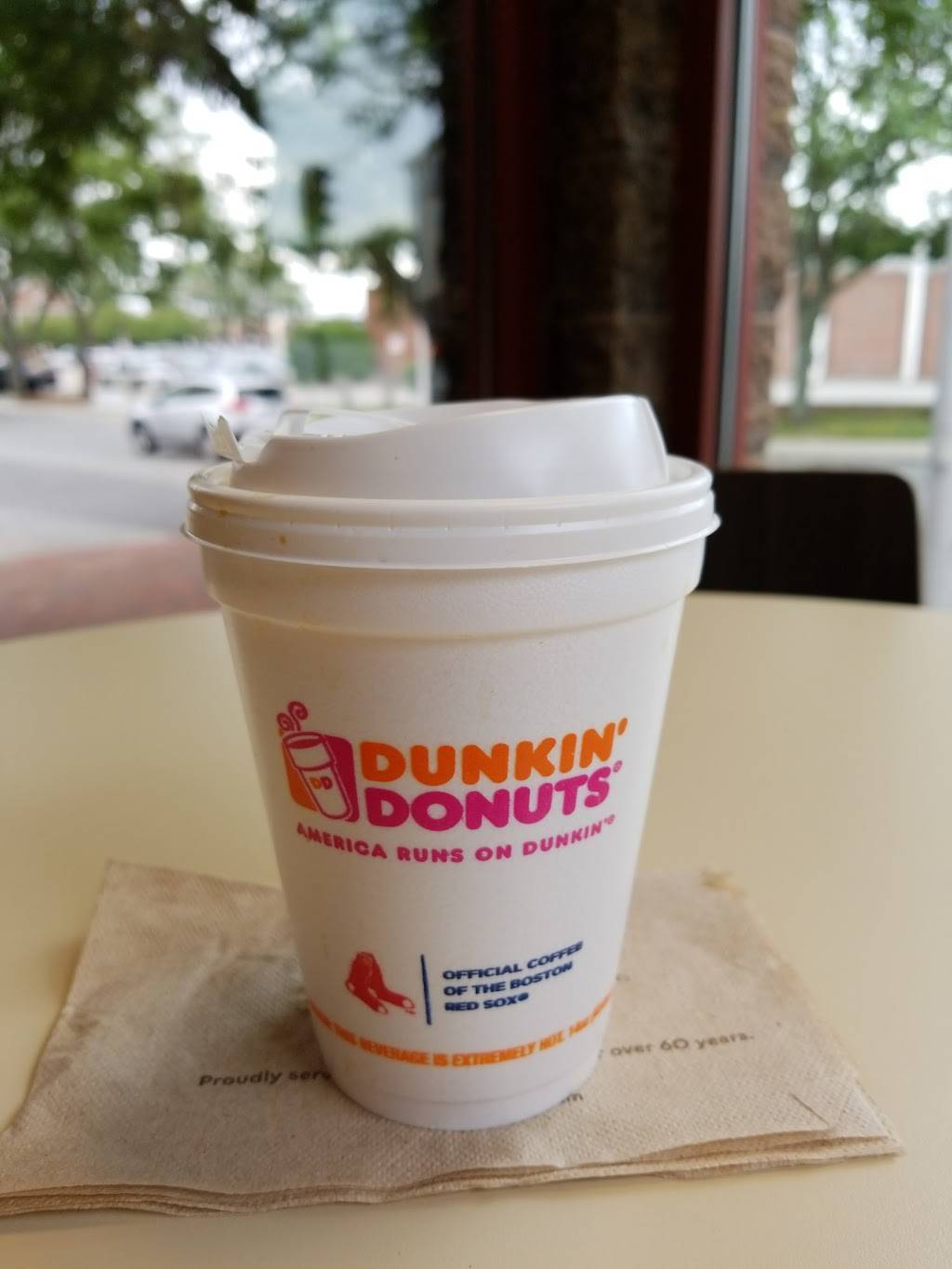 Dunkin | bakery | 290 Central St, Lowell, MA 01852, USA | 9782759588 OR +1 978-275-9588
