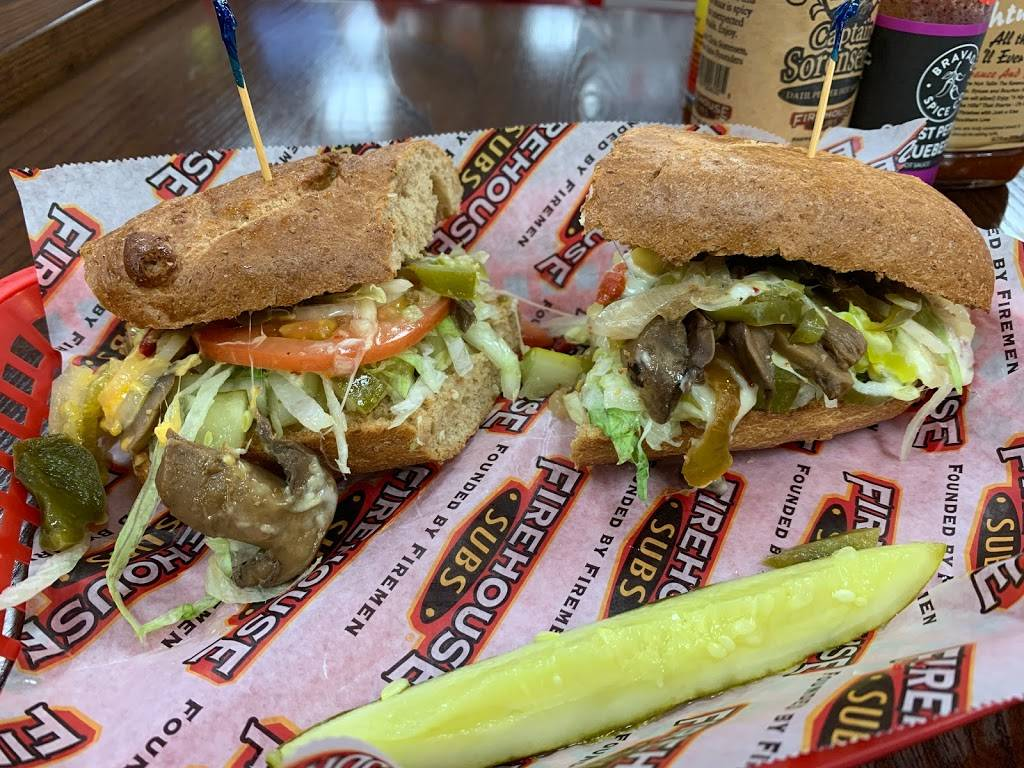 Firehouse Subs East Park Plaza   meal delivery   200 N 66th St Suite 201, Lincoln, NE 68505, USA   4029044886 OR +1 402-904-4886