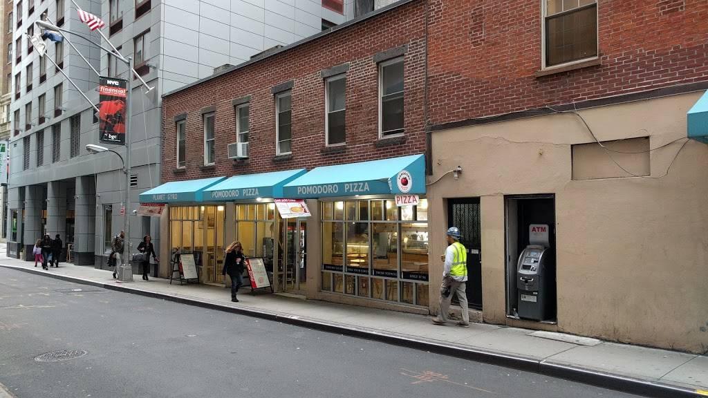 Planet Gyros | restaurant | 16 Rector St, New York, NY 10006, USA | 2122674976 OR +1 212-267-4976