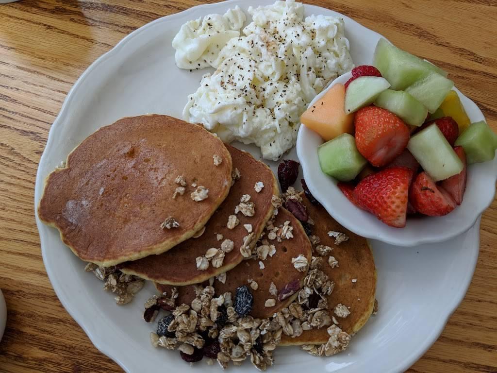 Walker Bros. Original Pancake House | bakery | 620 Central Ave, Highland Park, IL 60035, USA | 8474320660 OR +1 847-432-0660