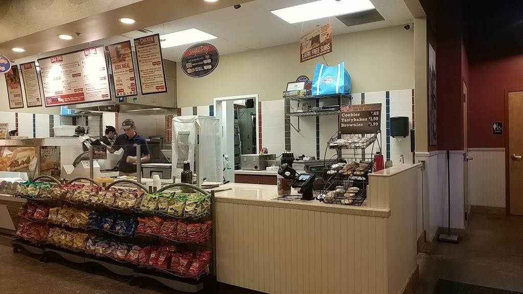 Jersey Mikes Subs | meal takeaway | 404 West Washington Street #4051, East Peoria, IL 61611, USA | 3096944490 OR +1 309-694-4490