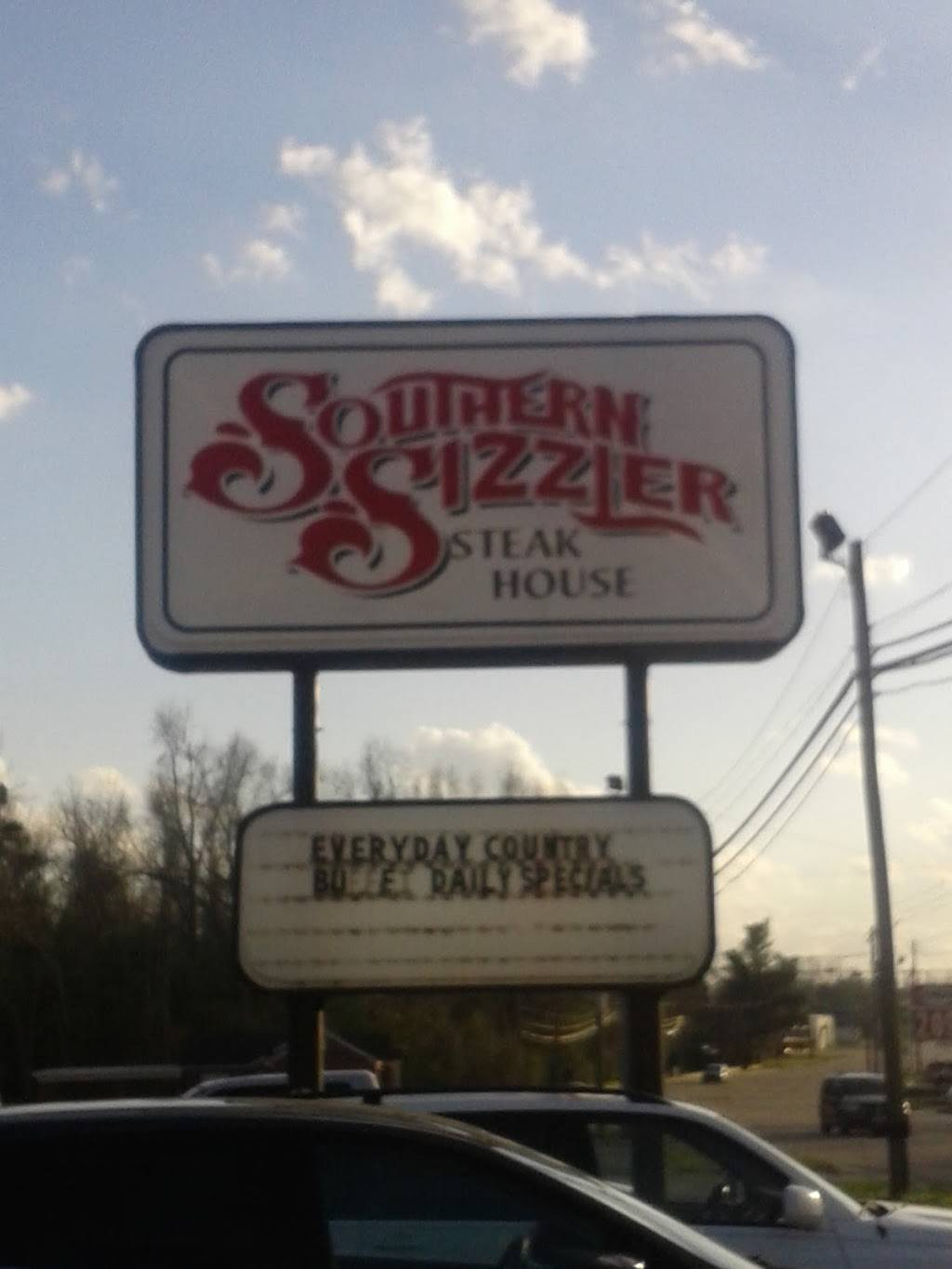 Southern Sizzler   restaurant   1405 S Madison St, Whiteville, NC 28472, USA   9106401861 OR +1 910-640-1861
