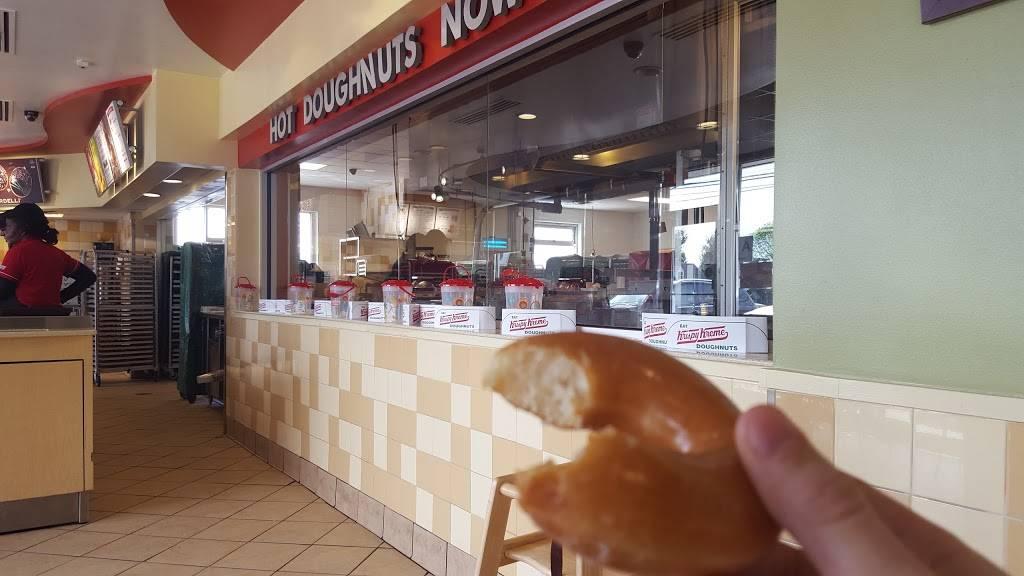 Krispy Kreme | bakery | 3000 Bardstown Rd, Louisville, KY 40205, USA | 5024514880 OR +1 502-451-4880