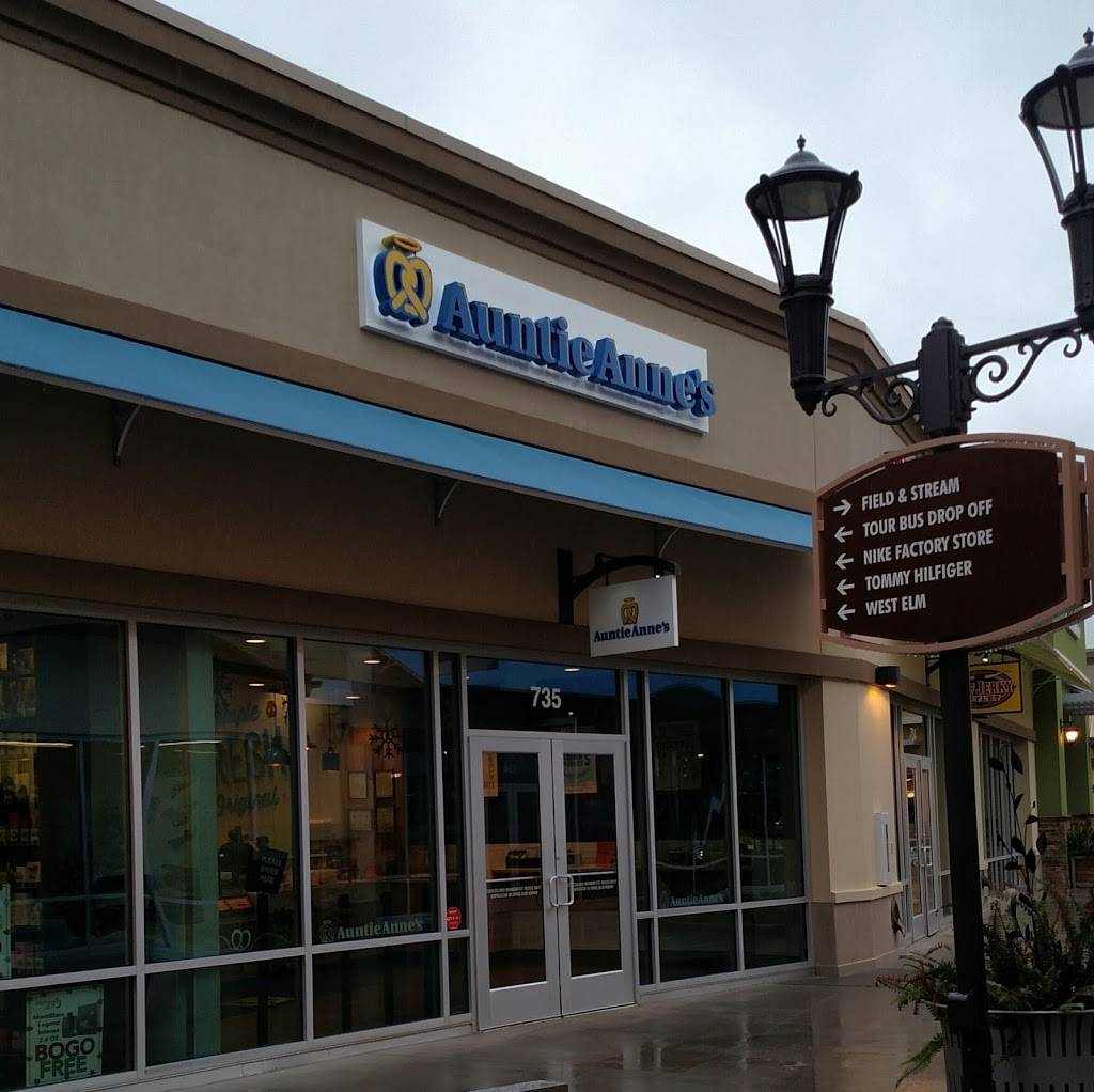 Auntie Annes | restaurant | 800 Brevard Rd, Asheville, NC 28806, USA | 3309654433 OR +1 330-965-4433