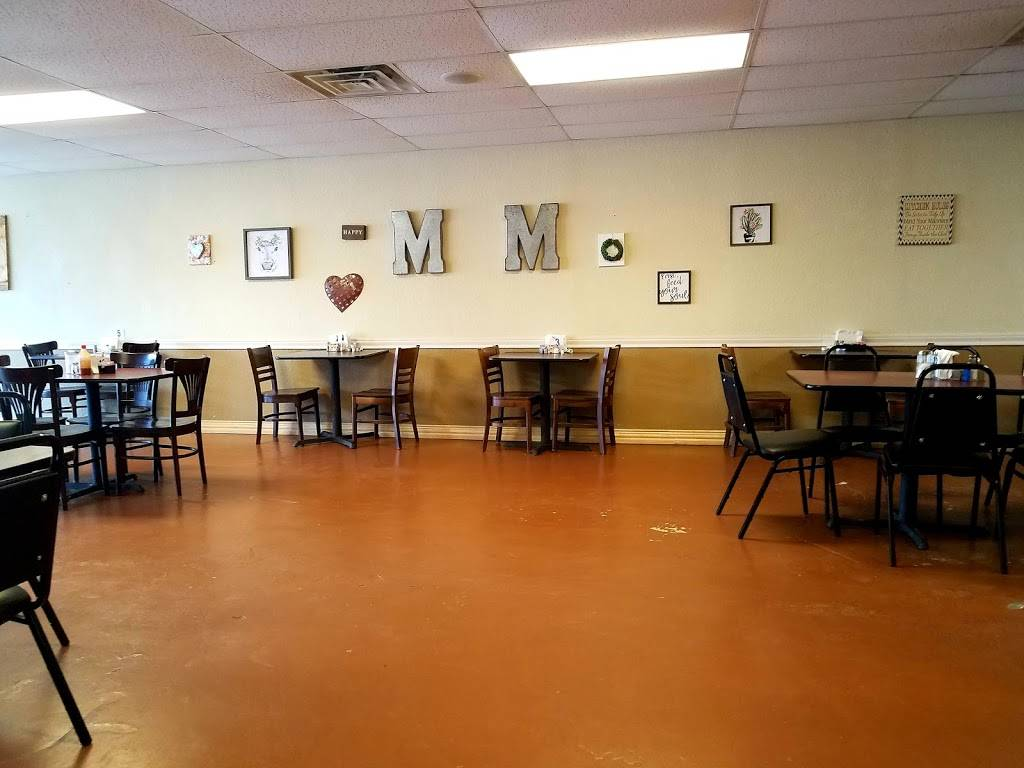 M&M Country Breakfast & Authentic Mexican Food | restaurant | 60 S Side Square, Cooper, TX 75432, USA | 9728492745 OR +1 972-849-2745