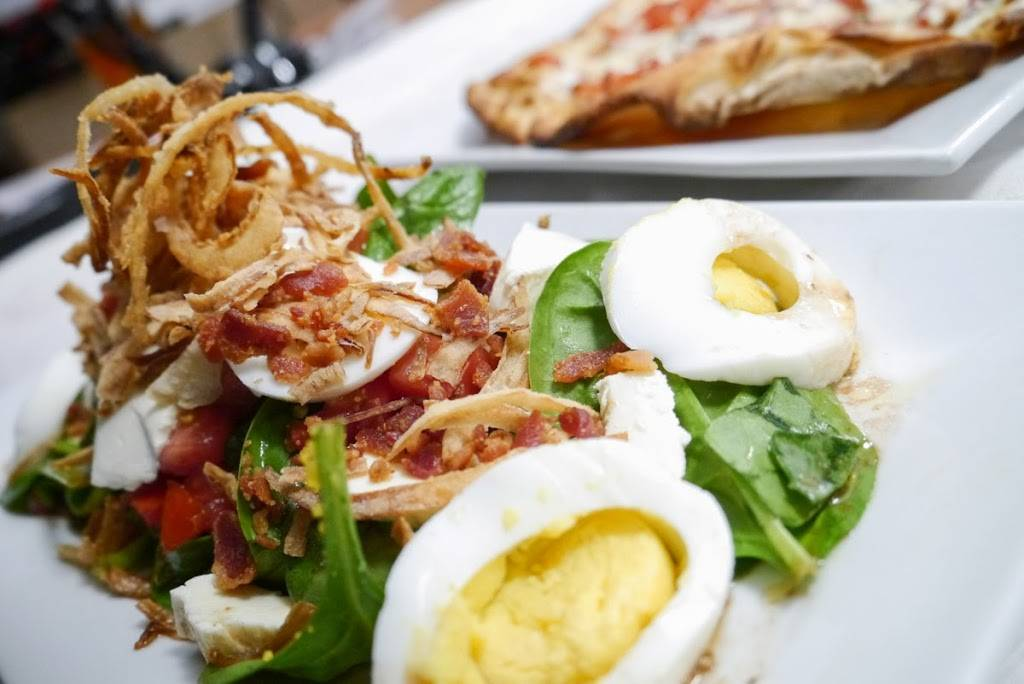 Dudleys Restaurant & Bar | restaurant | 19 Merrimack St, Lowell, MA 01852, USA | 8572531389 OR +1 857-253-1389