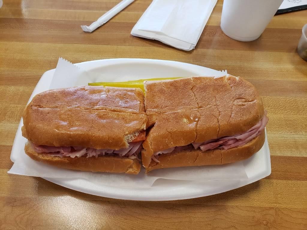 Harveys Sandwich & Salads   meal delivery   Sabal Ridge Shopping Center, 33839 US Hwy 19 N, Palm Harbor, FL 34684, USA   7277859090 OR +1 727-785-9090