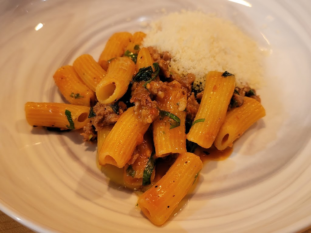Pasta Mani | restaurant | 160 Green St, Worcester, MA 01605, USA | 5088267405 OR +1 508-826-7405