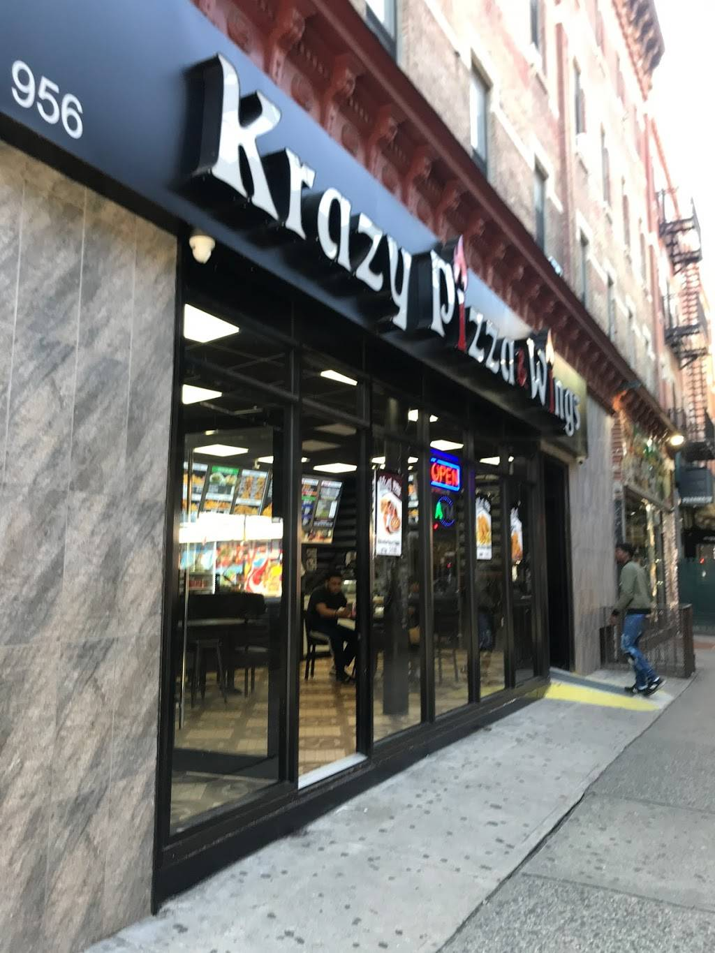 Krazy Pizza and Wings | restaurant | 1784 Broadway, Brooklyn, NY 11207, USA | 7185133085 OR +1 718-513-3085