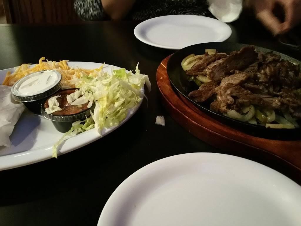 Beef O Bradys | restaurant | 14851 FL-52, Hudson, FL 34669, USA | 7273799464 OR +1 727-379-9464