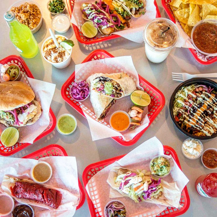 Tacochela | restaurant | 3517 N Spaulding Ave, Chicago, IL 60618, USA | 7732322030 OR +1 773-232-2030