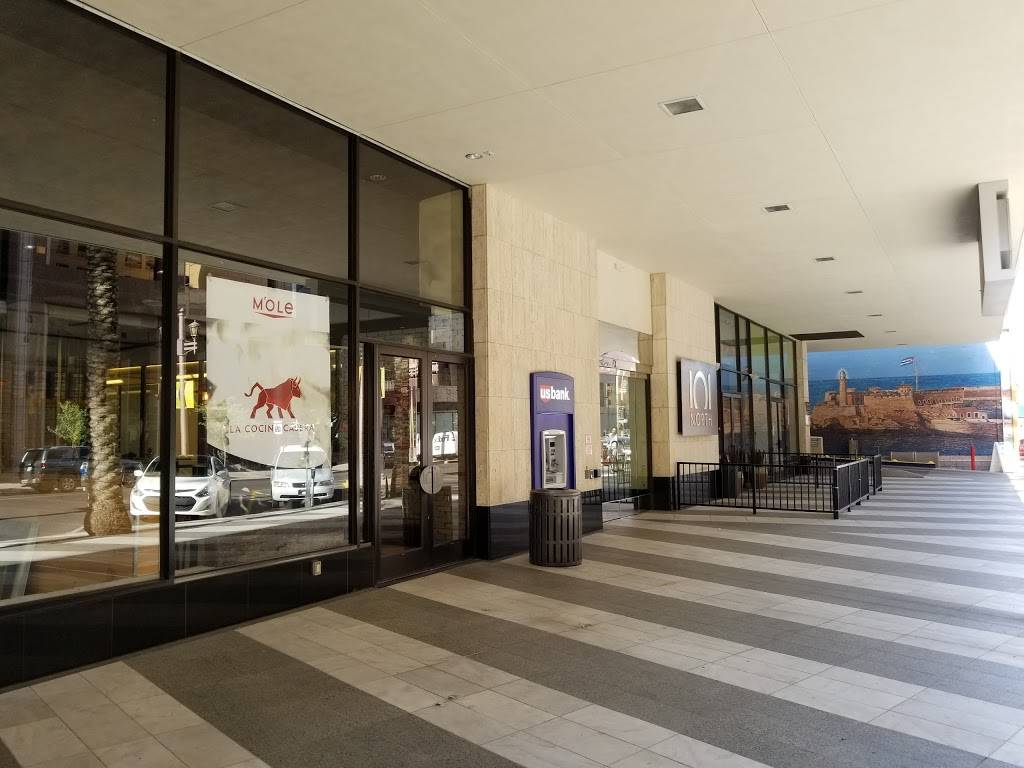 Mole | restaurant | US Bank Tower, 101 N 1st Ave, Phoenix, AZ 85003, USA