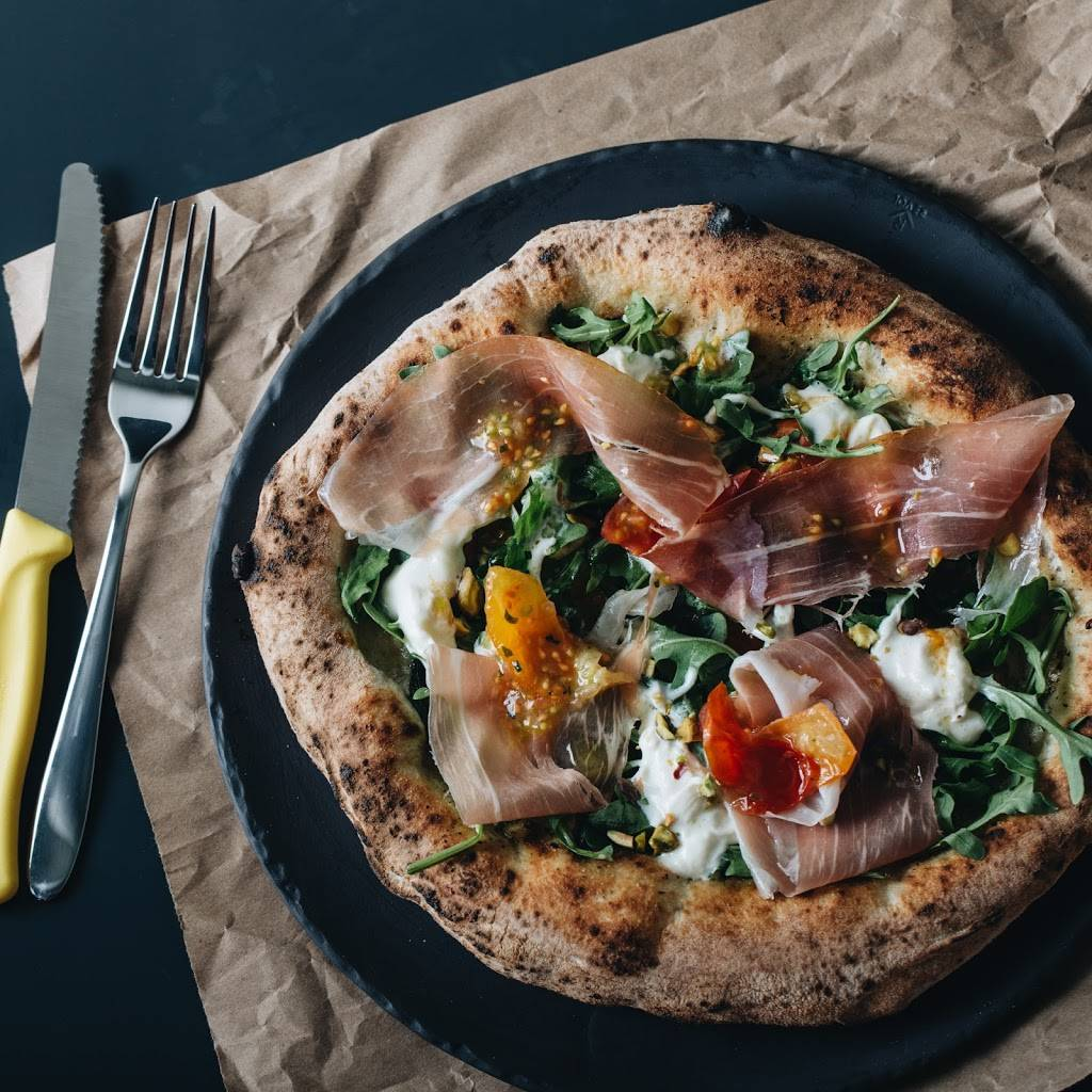 Pizzeria NO.900 - Westmount | meal delivery | 364 Avenue Victoria, Westmount, QC H3Z 2N4, Canada | 5143793900 OR +1 514-379-3900