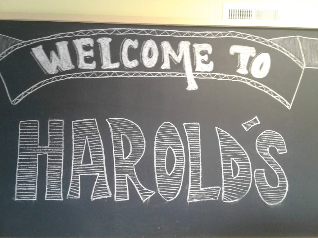 Harolds | restaurant | 173 Arch St, Hamden, CT 06514, USA | 2037454634 OR +1 203-745-4634