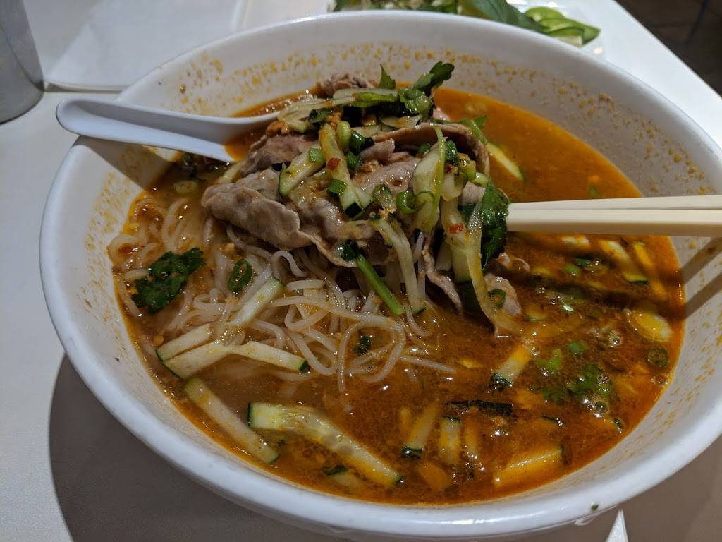Lys Vietnamese Cuisine | restaurant | 1779 Lombard St, San Francisco, CA 94123, USA | 4155631927 OR +1 415-563-1927