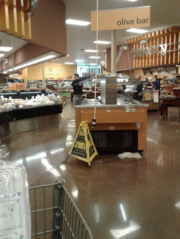 Shiloh Springs   shopping mall   6850 N Shiloh Rd, Garland, TX 75044, USA   2147062500 OR +1 214-706-2500
