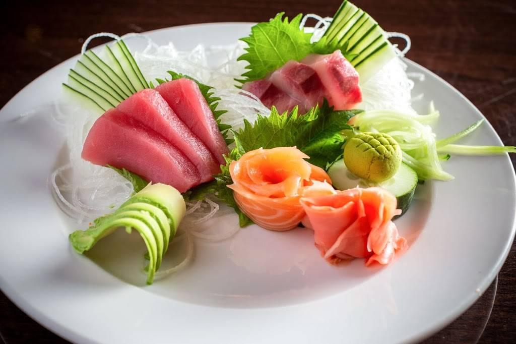 Siam Paragon | restaurant | 503 Main St, Evanston, IL 60202, USA | 8473322302 OR +1 847-332-2302