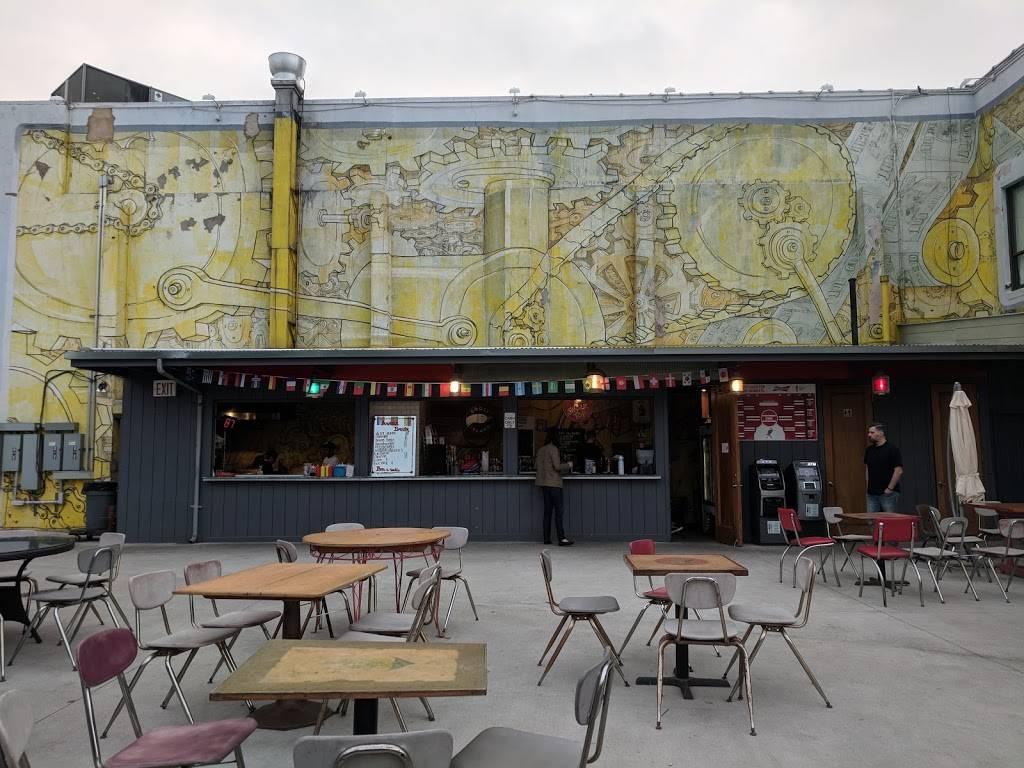 Anable Basin Sailing Bar & Grill | restaurant | 4-40 44th Dr, Long Island City, NY 11101, USA | 7184339269 OR +1 718-433-9269