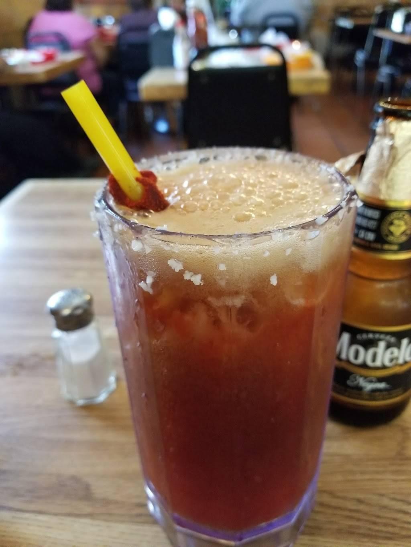 Carnitas Sahuayo | restaurant | 402 W 17th St, Santa Ana, CA 92706, USA | 7148340229 OR +1 714-834-0229