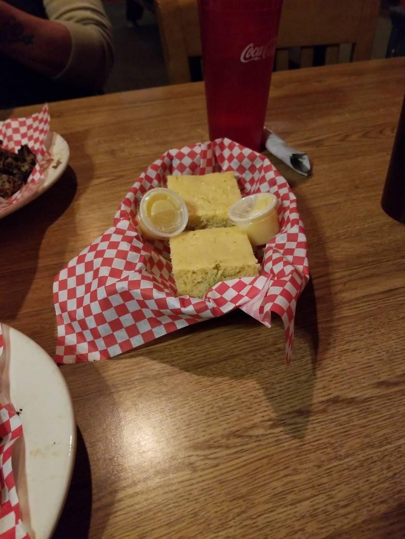Crazy Bobs Bar B Que   restaurant   240 N 8th Ave E, Hartley, IA 51346, USA   7129282666 OR +1 712-928-2666