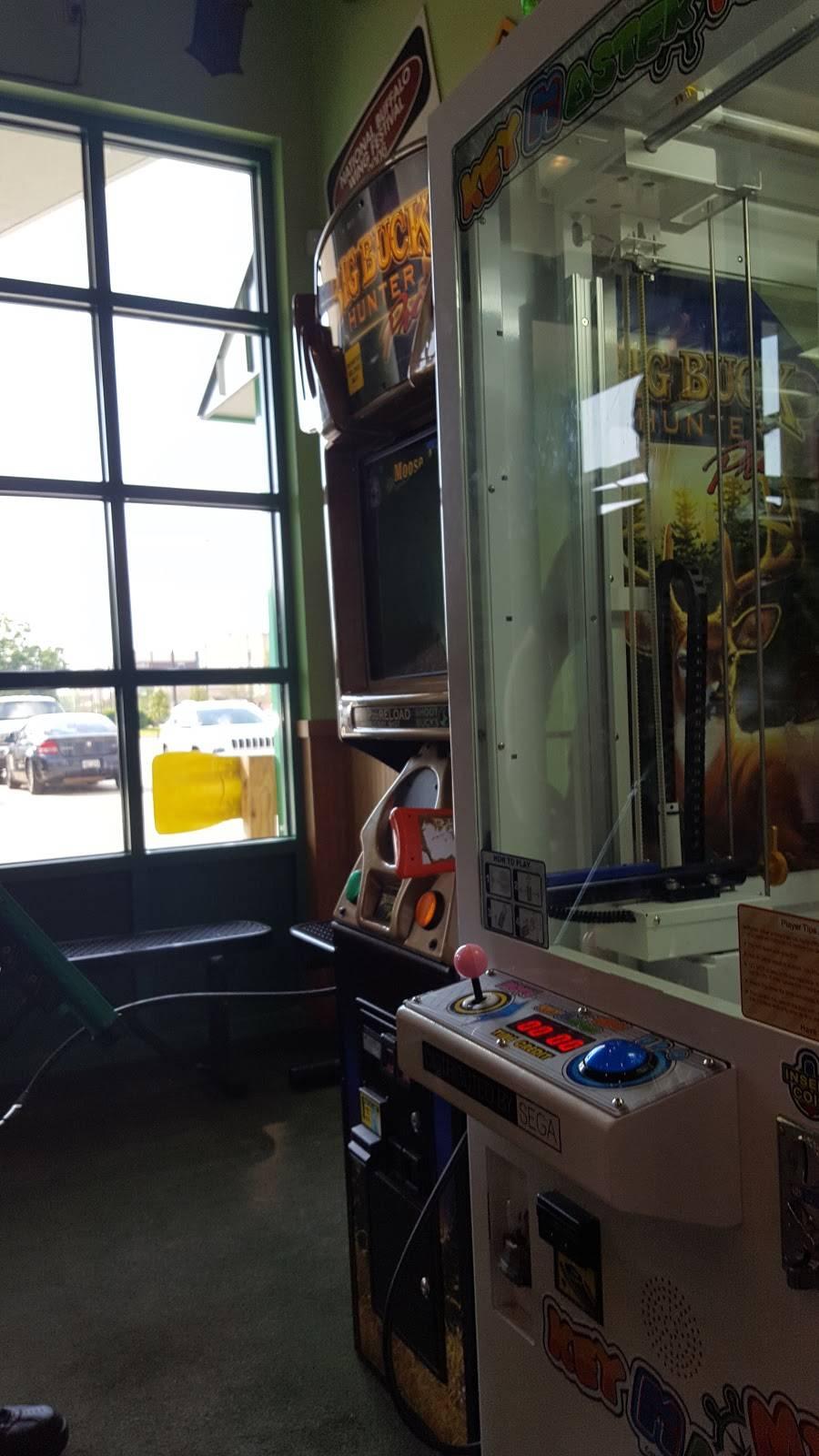 Quaker Steak & Lube   restaurant   2706 S, Cabelas Pkwy Ste. 100, Gonzales, LA 70737, USA   2256479464 OR +1 225-647-9464