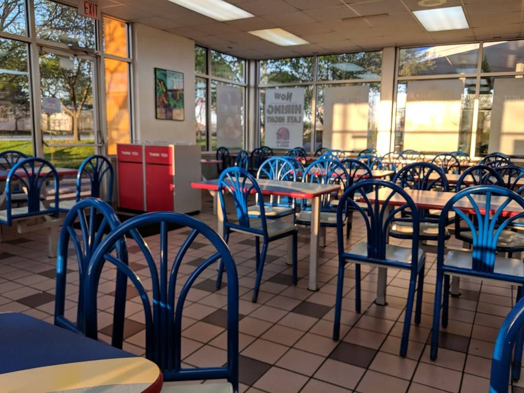 Taco Bell   meal takeaway   2140 W Galena Blvd, Aurora, IL 60506, USA   6302646505 OR +1 630-264-6505