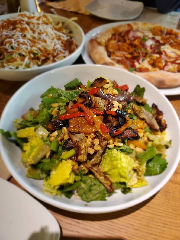 California Pizza Kitchen at CoolSprings Galleria | restaurant | 1800 Galleria Blvd, Franklin, TN 37067, USA | 6156148115 OR +1 615-614-8115
