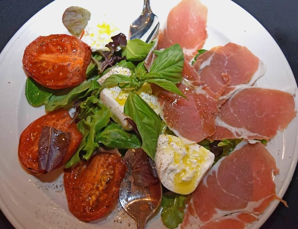 Ravello Ristorante | restaurant | 1277 E Jericho Turnpike, Huntington, NY 11743, USA | 6312718900 OR +1 631-271-8900
