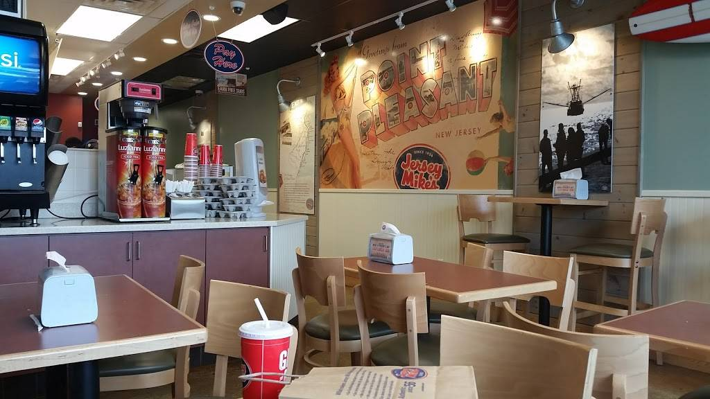 Jersey Mikes Subs | meal takeaway | 398 Post Rd E #20, Westport, CT 06880, USA | 2038032269 OR +1 203-803-2269