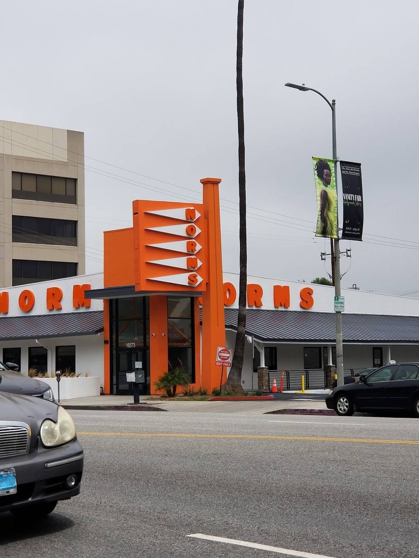 Norms Restaurant   restaurant   16575 Ventura Blvd, Encino, CA 91436, USA