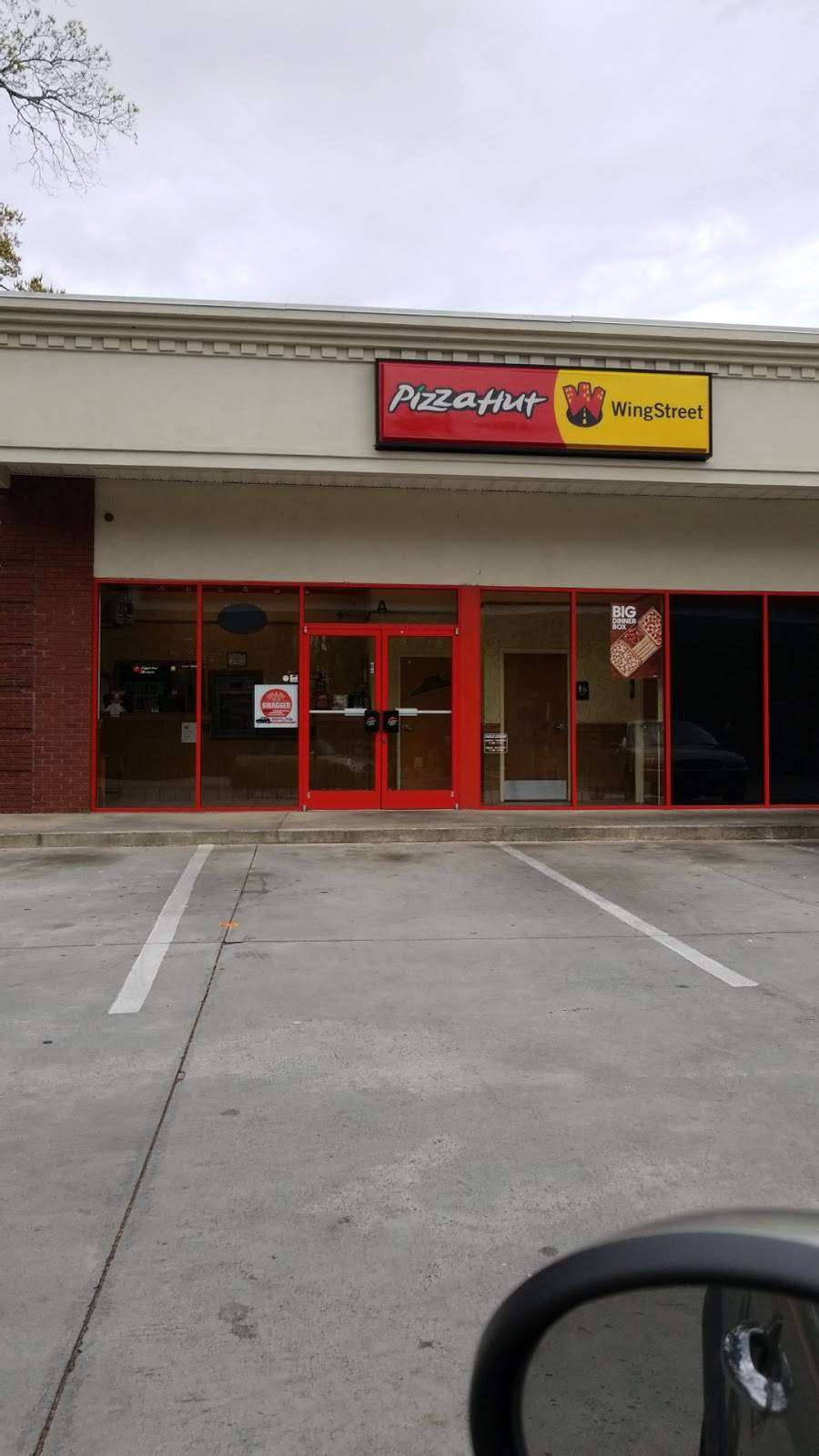 Pizza Hut | meal takeaway | 4116 Lenora Church Rd, Snellville, GA 30039, USA | 7707369330 OR +1 770-736-9330