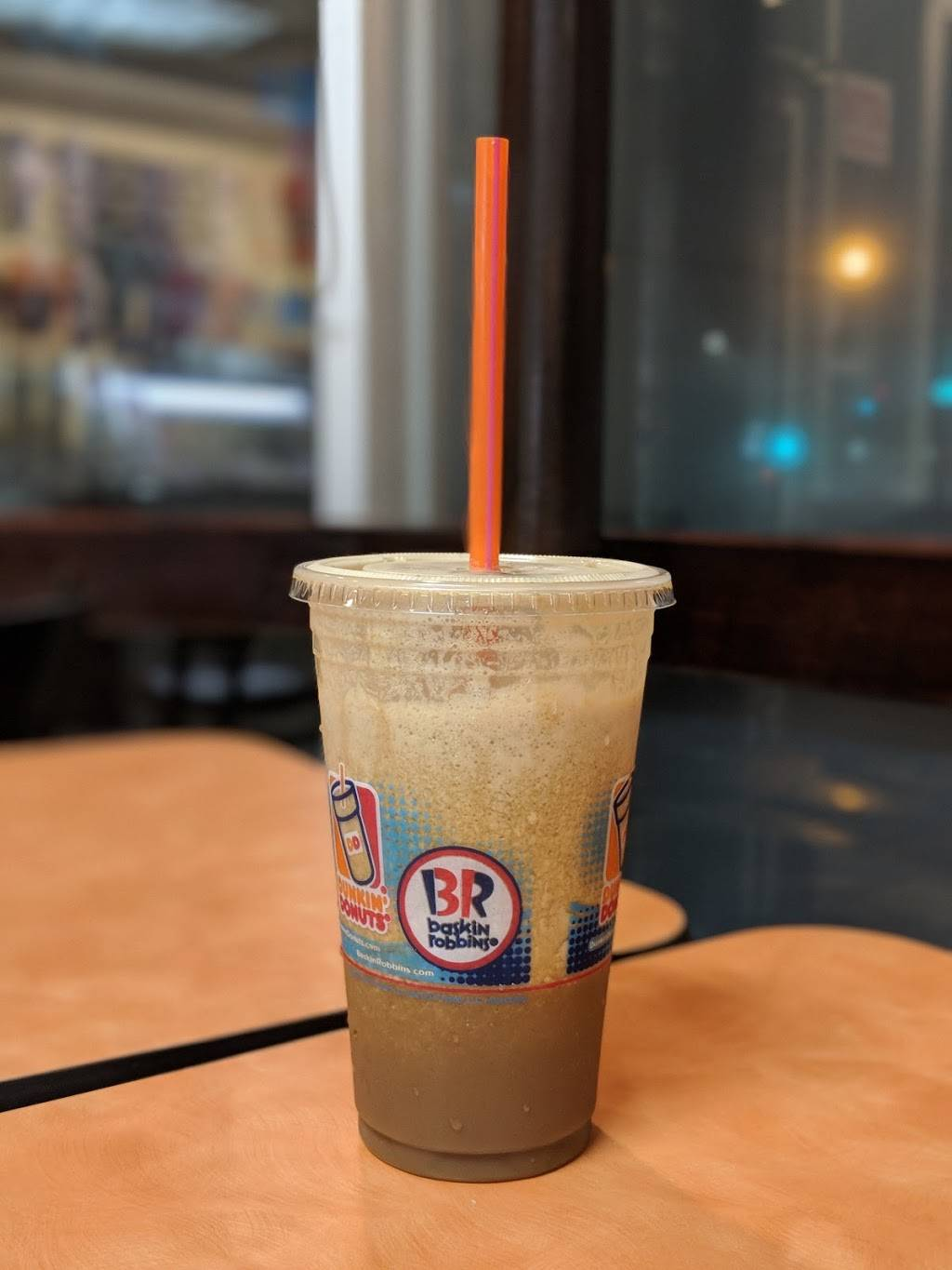 Dunkin Donuts   cafe   2062 Lakeville Rd, New Hyde Park, NY 11040, USA   5167758630 OR +1 516-775-8630