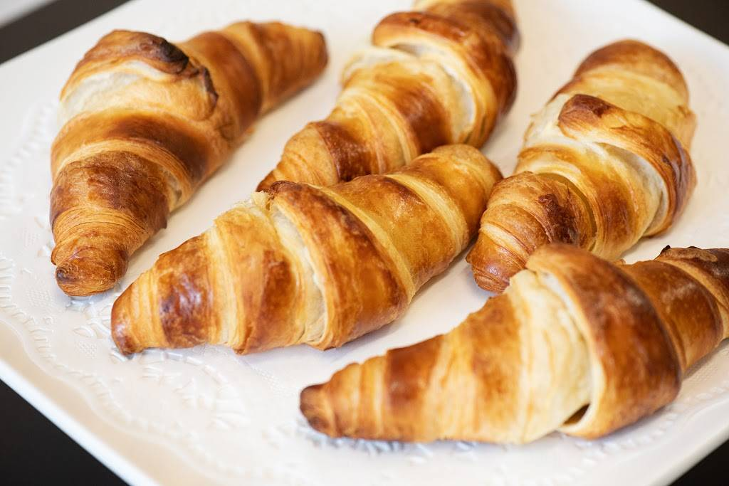 Montecarlo Bakery | bakery | 685 Park St, Hartford, CT 06106, USA | 8605195583 OR +1 860-519-5583
