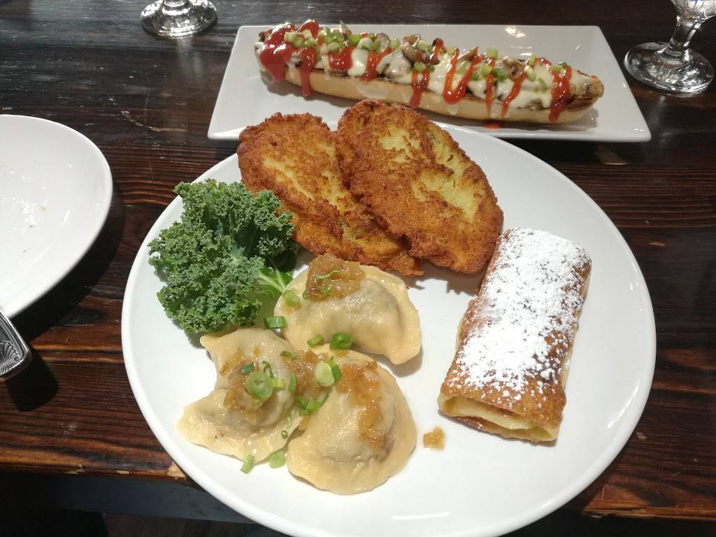 Chriss   restaurant   1866 86th St, Brooklyn, NY 11214, USA   3474623755 OR +1 347-462-3755