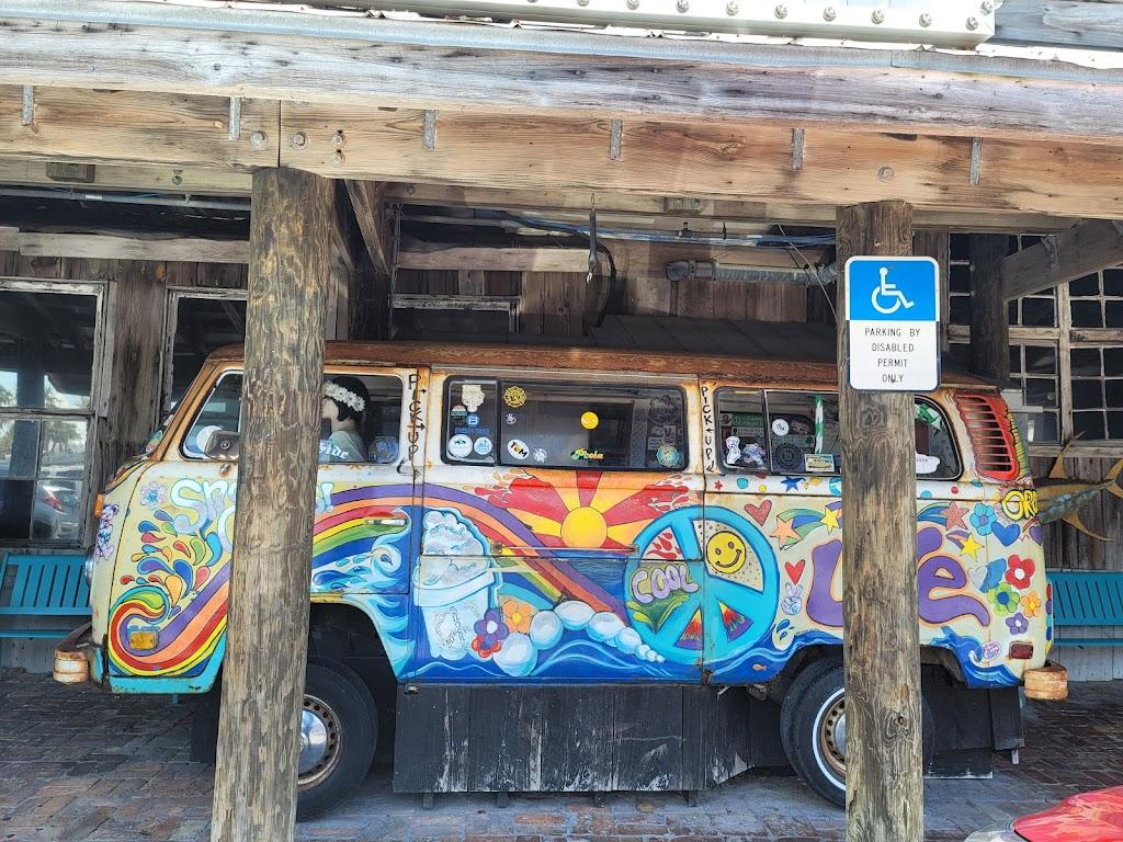 Flounders Chowder House | restaurant | 800 Quietwater Beach Rd, Gulf Breeze, FL 32561, USA | 8509324653 OR +1 850-932-4653