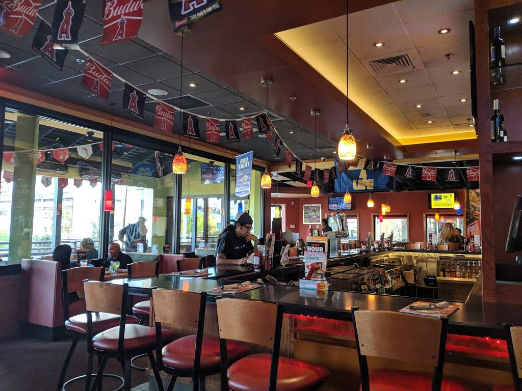 Applebees Grill Bar Restaurant 2800 N Main Street Main