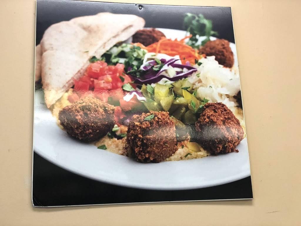 villas Lounge Italian Chicken Pizzeria LLC   restaurant   3196 John F. Kennedy Blvd, Jersey City, NJ 07306, USA