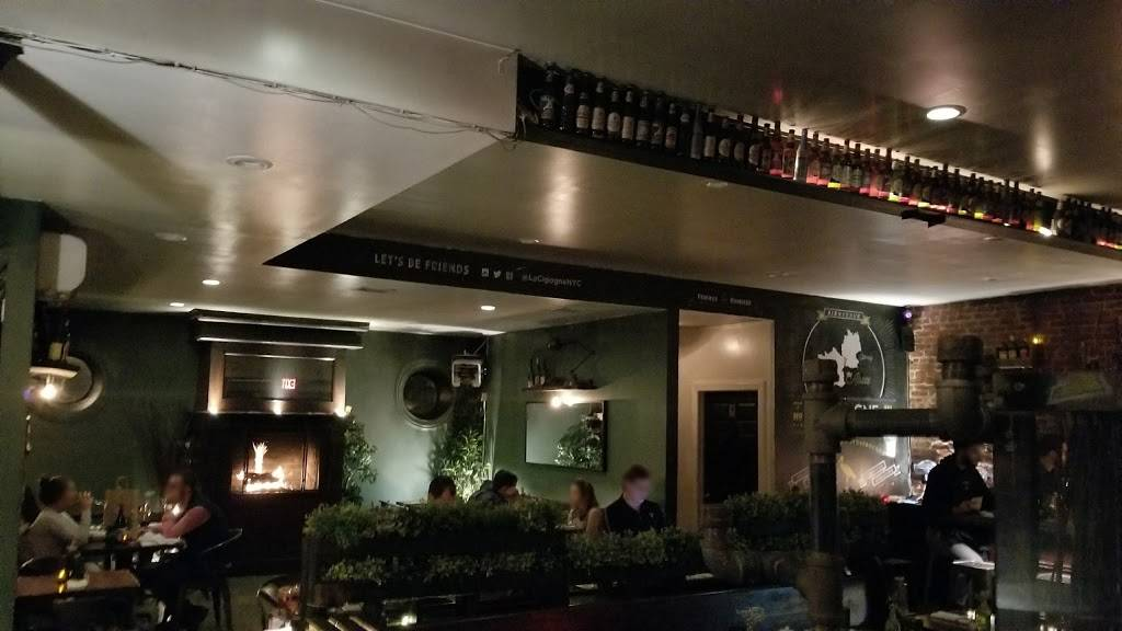 La Cigogne | restaurant | 215 Union St, Brooklyn, NY 11231, USA | 7188585641 OR +1 718-858-5641