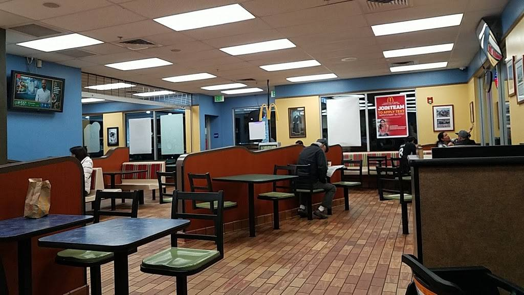 McDonalds | cafe | 24650 Crenshaw Blvd, Torrance, CA 90505, USA | 3105394570 OR +1 310-539-4570