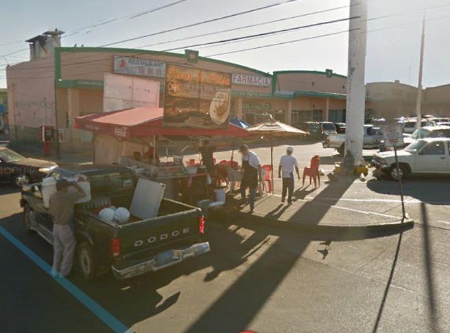 Tacos El Paisa   restaurant   22615, Av Abraham Gonzales 3412, Francisco Villa, 22615 Tijuana, B.C., Mexico