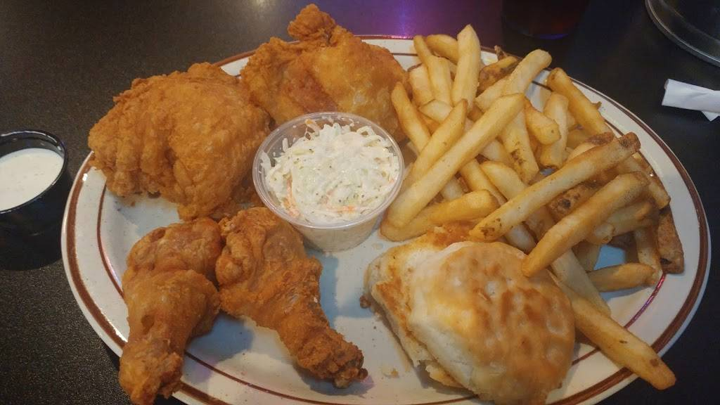 Roosters Barn & Grill | restaurant | 2280 Superior Dr NW, Rochester, MN 55901, USA | 5072268885 OR +1 507-226-8885