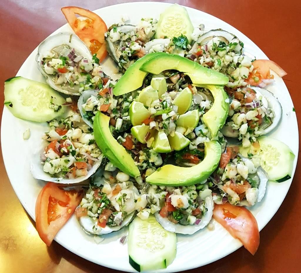 Amadas Cuban & Mexican Restaurant Cafe   restaurant   340 W Lake St, Addison, IL 60101, USA   6304581008 OR +1 630-458-1008