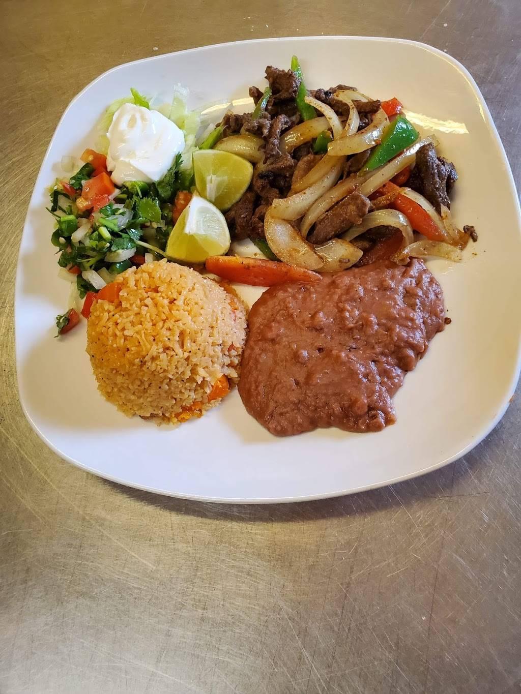 Mirandas Mexican Restaurant | restaurant | 211 S Mechanic St, El Campo, TX 77437, USA | 9794758132 OR +1 979-475-8132