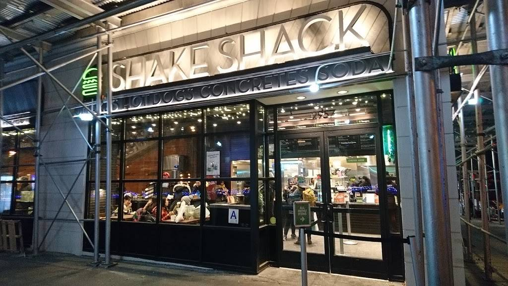 Shake Shack | restaurant | 2957 Broadway, New York, NY 10025, USA | 6463835506 OR +1 646-383-5506