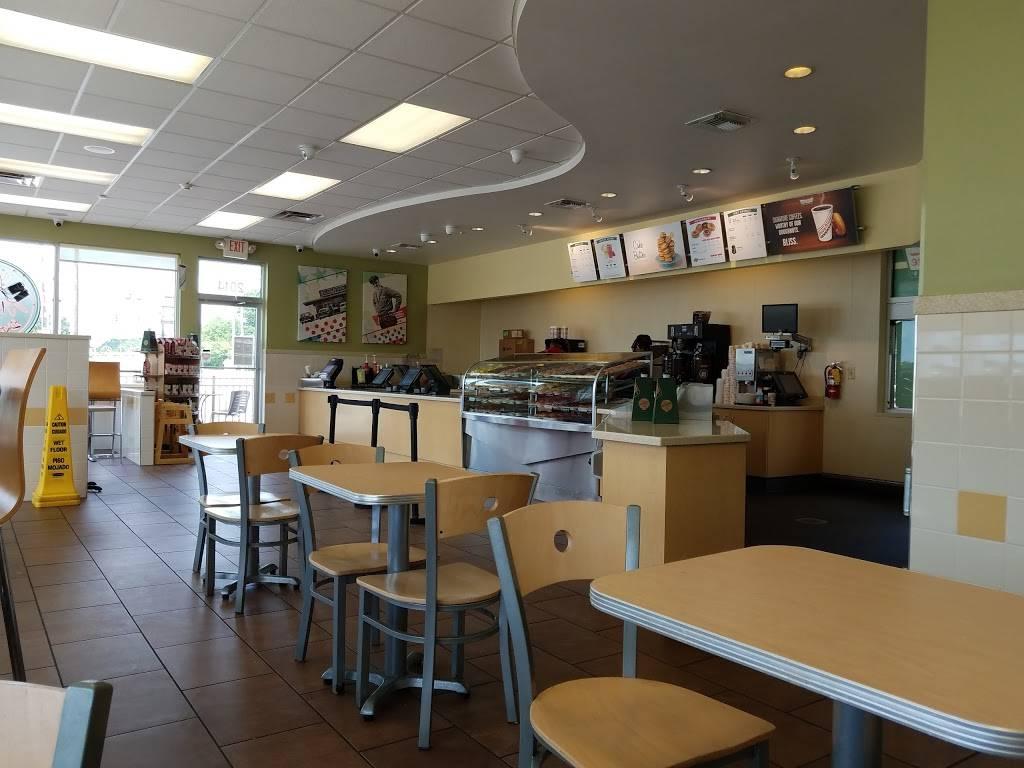Krispy Kreme | bakery | 2014 W Lucas St, Florence, SC 29501, USA | 8434077859 OR +1 843-407-7859
