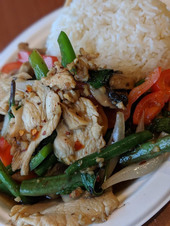 Thai Ocha Cafe | restaurant | 613 Main St, Dennis Port, MA 02639, USA | 5082585050 OR +1 508-258-5050