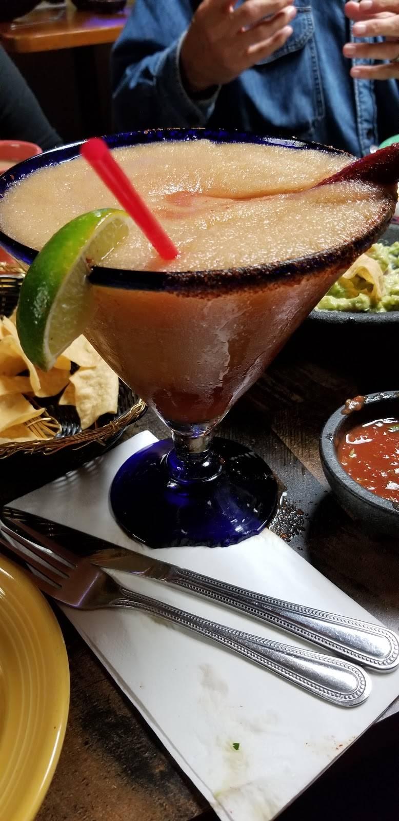 Macarios Grill | restaurant | 80783 Indio Blvd, Indio, CA 92201, USA | 7603425649 OR +1 760-342-5649