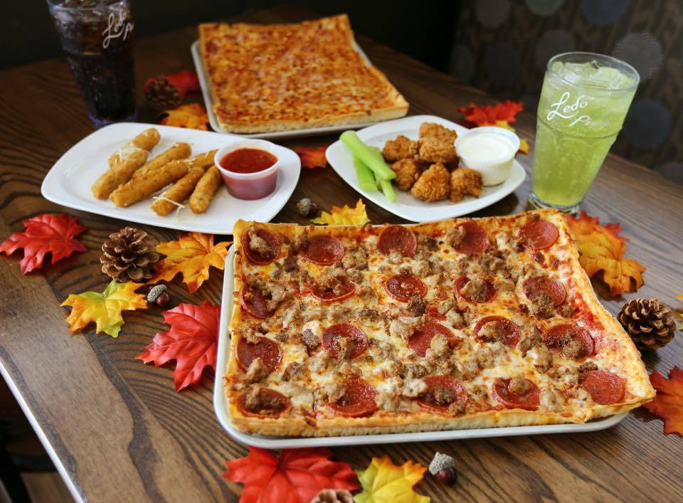 Ledo Pizza | meal takeaway | 9375 Chesapeake St, La Plata, MD 20646, USA | 3019341862 OR +1 301-934-1862